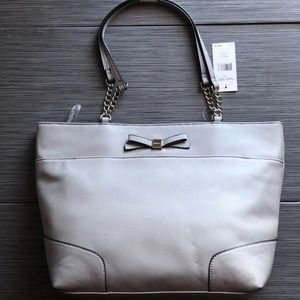 NWT Nine West Classy Large Tote